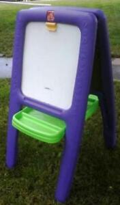 Little Tikes C ube Climber & Step 2 easel purple