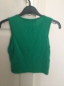 Women's Boohoo size 8 green crop top