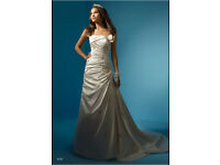 Alfred Angelo 2137 Wedding Dress - Size 10 - Great Condition!!