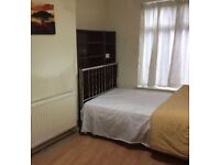 1 Bed flat, close to University, MRI hospital, all amenaties, transport, easy accses to city centre