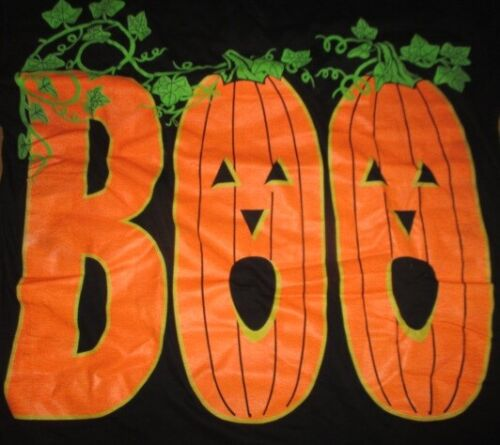 "Vintage HALLOWEEN ""Boo"" with Vines (XL) T-Shirt"