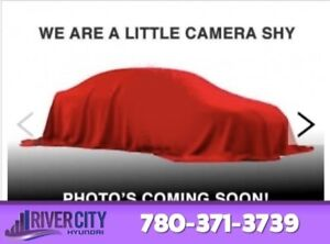 2017 Chrysler 300 S AWD Navigation (GPS),  Leather,  Heated Seat