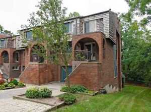 **Pride Of Ownership** 3Br Townhouse, O/H Sept 29