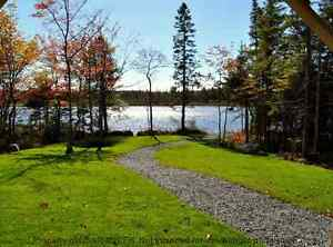 LAKEFRONTAGE - OPEN HOUSE Sunday 182 Voyageur Way