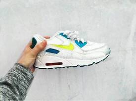 Nike Air Max Trainers Size 2.5