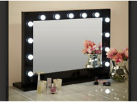 Marilyn Hollywood Mirror in Black Gloss 80 x 110cm