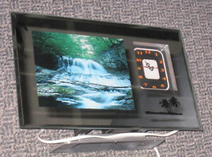 New Nice Wall/Table Waterfall Moving Picture with sound & Clock