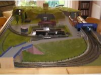 OO gauge model railway, trains, carriages & buildings