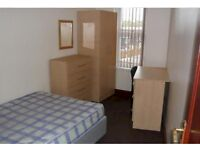 One Bedroom available BURLEY ROAD - £325pcm inc Bills