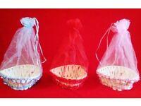 Heart design favour baskets
