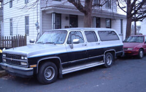 Looking for 89 Chevrolet Suburban parts truck
