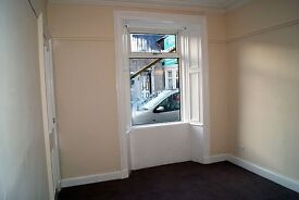 QUIET 2 BEDROOM GROUND FLOOR FLAT, ROSEVALE STREET