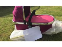 Icandy Peach 3 Fuchsia carrycot