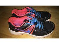 Nike Running Trainers size 7