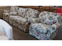 Floral design 3 piece suite