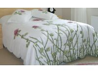 Cover for Double or King Bed with Curtains