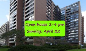 Location, location, location!  Great downtown 1-bedroom condo