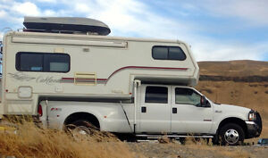 Bigfoot 10.11 3000 Oakland Truck Camper on 2003 Ford F350 Dually