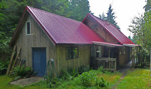 Gambier Island Cottage with 1.49 Acre Property