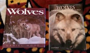 2 wolves books 10$