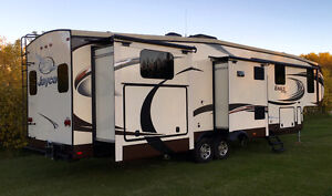 Jayco Premier (375BHS) 5TH WHEEL