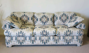 Elegant 3 seater couch. Excellent quality/condition. Can deliver