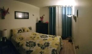 à louer appartement 4 ½  à laval station  Montmorency