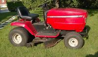 tracteur à gazon