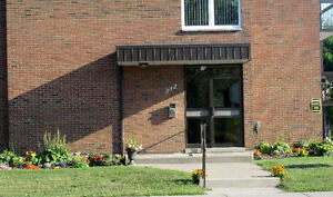 BEAUTIFUL, CENTRALLY LOCATED ONE BEDROOM Cornwall Ontario image 1