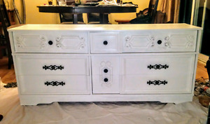 Solid wood large dresser with dovr tailed drawers