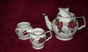 Vintage 3-Pc. Sadler Teapot