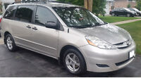 2008 Toyota Sienna Minivan, GREAT CONDITION $8500