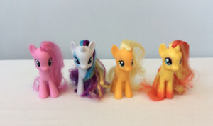 4 My Little Pony figurines, excellent condition