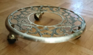 Brass Plant Stand On Casters Round Ornate Filigree Design