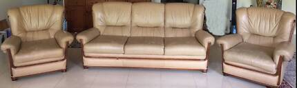 3-PIECE LEATHER LOUNGE SOFA SET IN BEIGE WITH NEAT WOODEN TRIM
