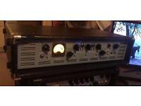 Ashdown evo ii ABM900 bass head.FOR POWER HUNGRY PLAYER 2 x 575W RMS 1800PEAKS