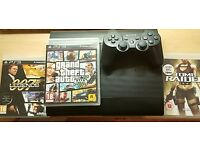 **SONY PLAYSTATION 3 (RARELY USED) AND x3 GAMES!!**