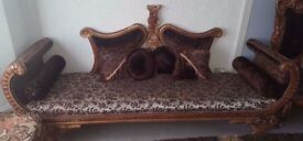 Luxurious Traditional Hand Carved Living Room Furniture Set