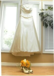 BEAUTIFUL NUIT WEDDING GOWN