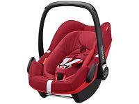 Unused Maxi-Cosi robin red isofix pebble plus (I-size) car seat