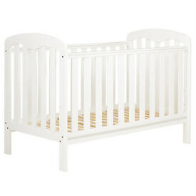 Cot bed, mattress and bedding from john Lewis NEW