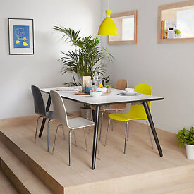 John Lewis Luna 6-8 seater Extending Dining Table RRp £499