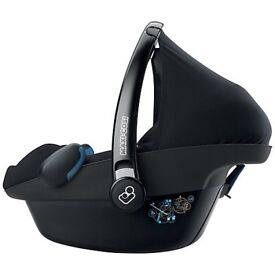 Maxicosi Pebble car seat with base