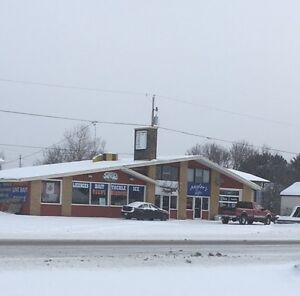 LUCRATIVE BAIT AND TACKLE SHOP HWY 17 IGNACE