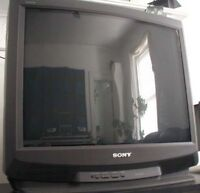 Sony TV Trinitron 27 inches