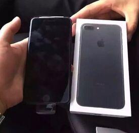 I PHONE 7 UNLOCK WHITE,ROSE GOLD OR BLACK or WHITE,32GB 11 MONTHS WARRANTY LEFT