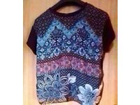 Ladies New Look Black Patterned Short Sleeve Comfort Fit Top T-Shirt.Size 10.