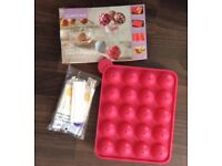 Silicone mould for baking cake pops