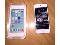 Blue iPod Touch 5th Generation 32GB in excellent condition