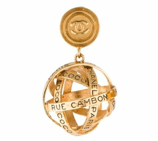CHANEL VTG 31 Rue Cambon Gold  Orb Fashion Jewelry Drop Clip On Globe Earrings